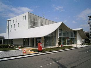 example_0005s_0001_岐南庁舎